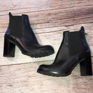 Tory Burch Stafford Ankle Bootie NWOB Size 8